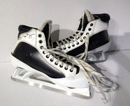 Sports Memorabilia & Collectibles Sports Memorabilia & Collectibles Game-Used Skates Signed by�Semyan Varlamov